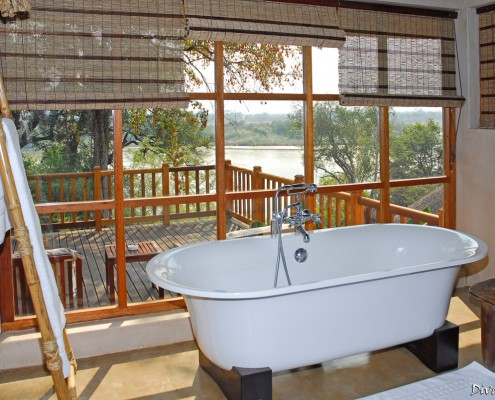 The bath with a view over the Okavango river