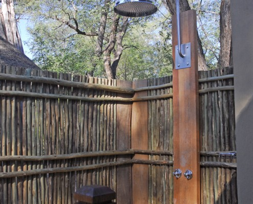 Besides an indoor shower, each room also has an outdoor shower.